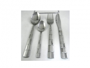 Cutlery set 24 pieces plus stand  MB-9215 (2421)