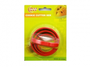 Cookie cutters and sugar mass  MB-10060