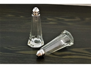 Glass salt and pepper shakers 2 pcs    halls-12