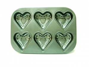 Baking muffin HEART 6 pieces  MJ844